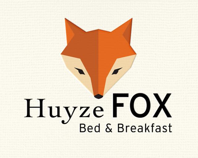 huizefoxWIX2.jpg