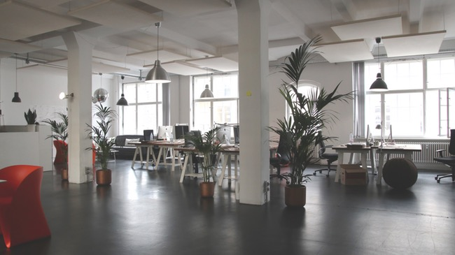 negatieve effecten van dating op de werkplek contact Wave 105 dating